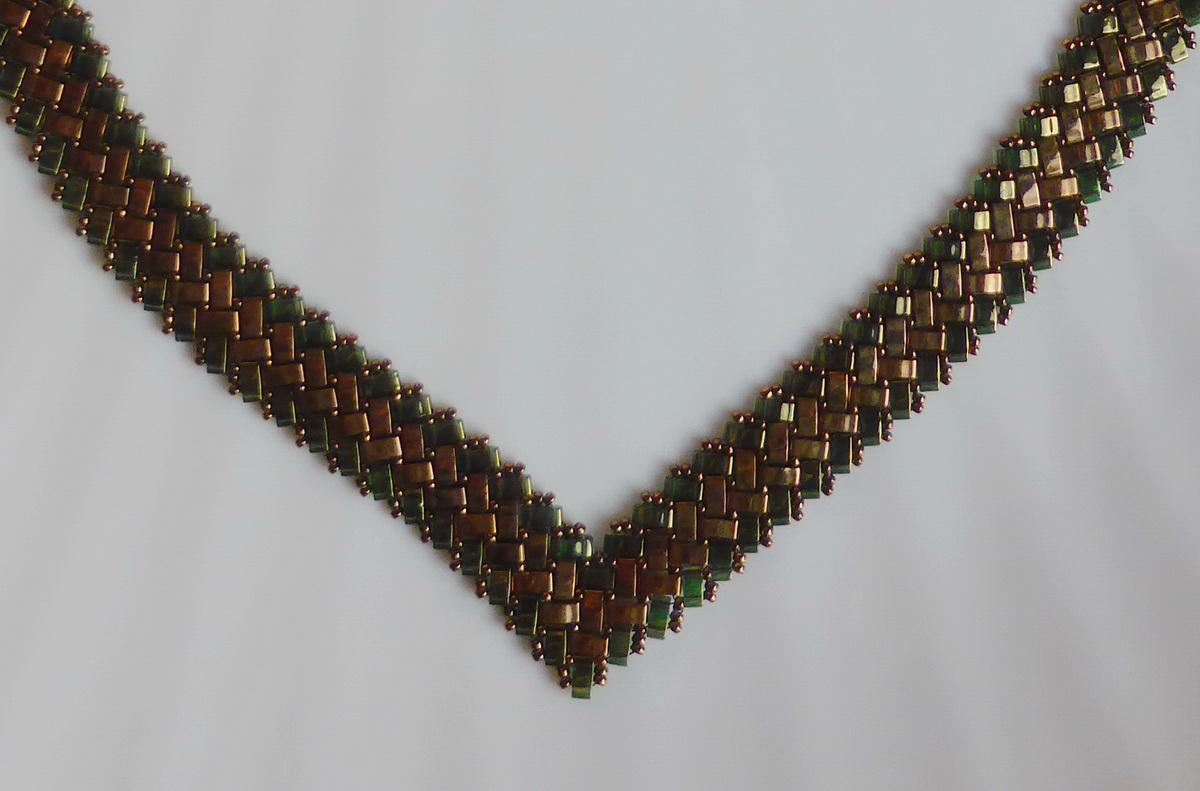 Vrh zelene Half Tila ogrlice